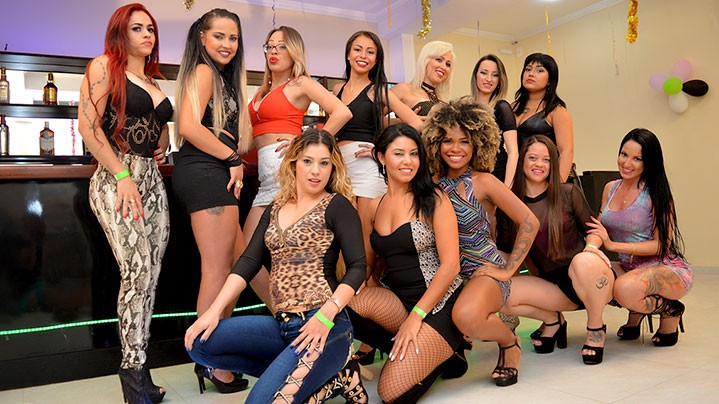 Putaria no Clube só de Mulheres