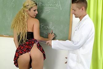 Aluna safada transando com Professor