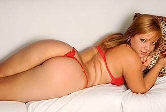 Loira avantajada Gabriella fez sexo anal sem camisinha
